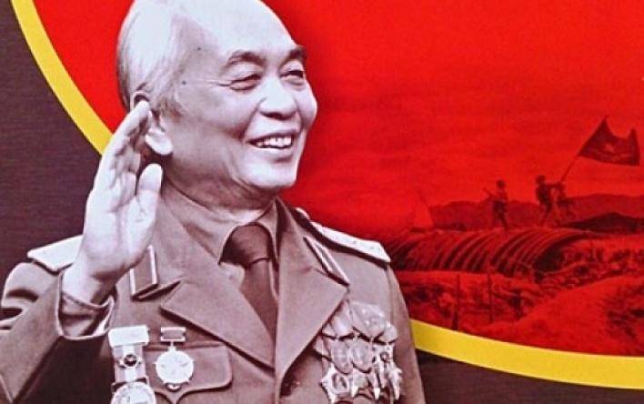 Đại tướng Võ Nguyên Giáp - Ân tình sâu nặng với quê hương